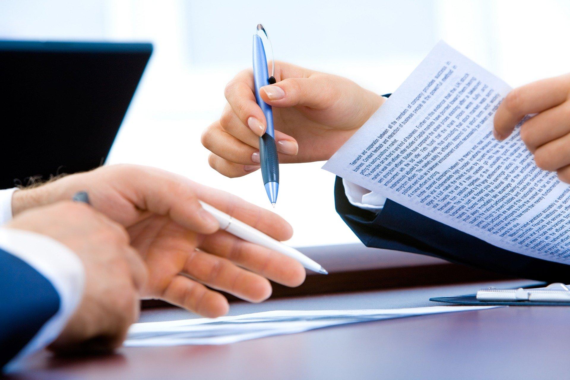 Comment contester les mesures imposées par la commission de surendettement?